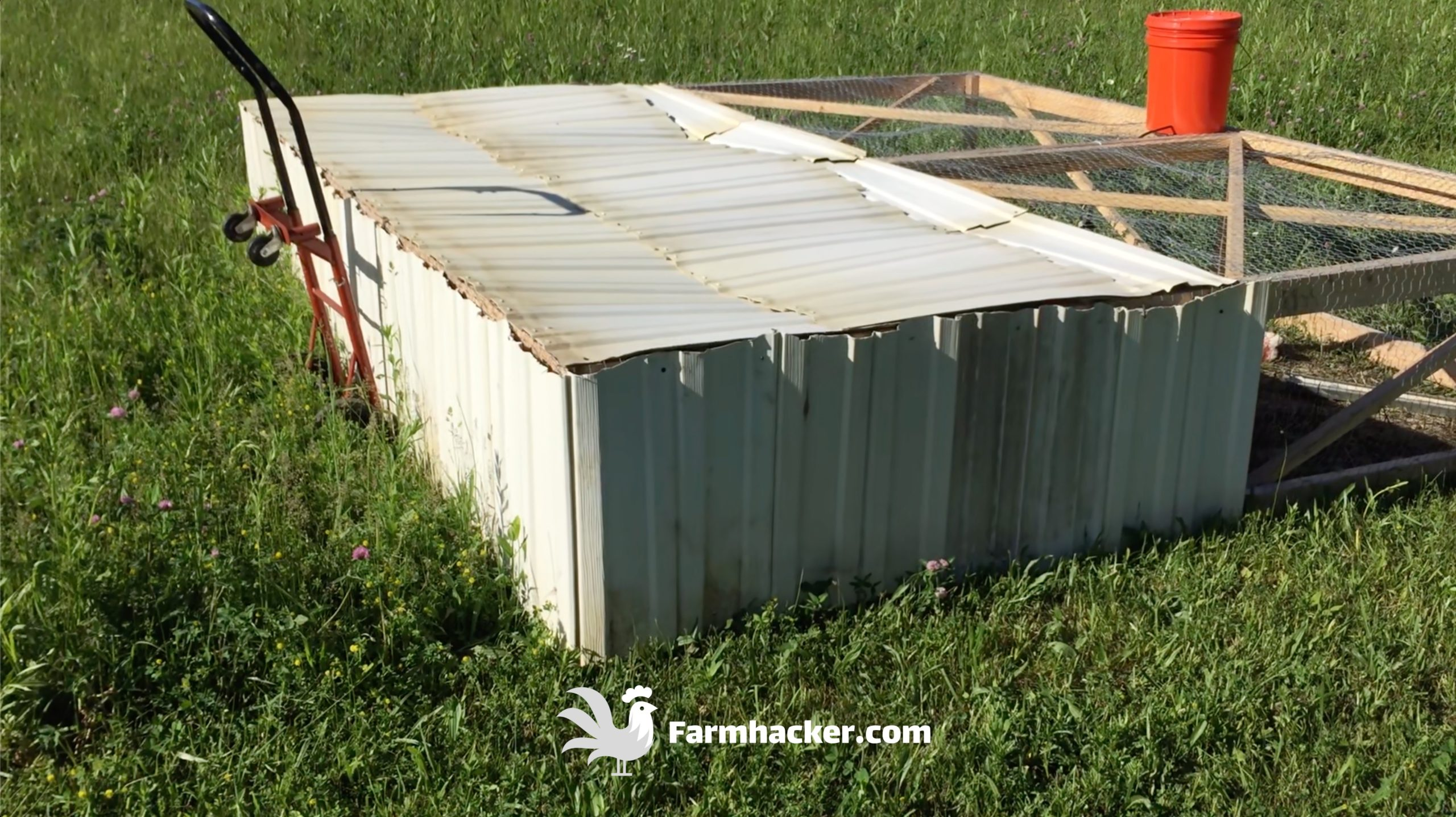 How to Build a Joel Salatin Style Chicken Tractor Step 4.1